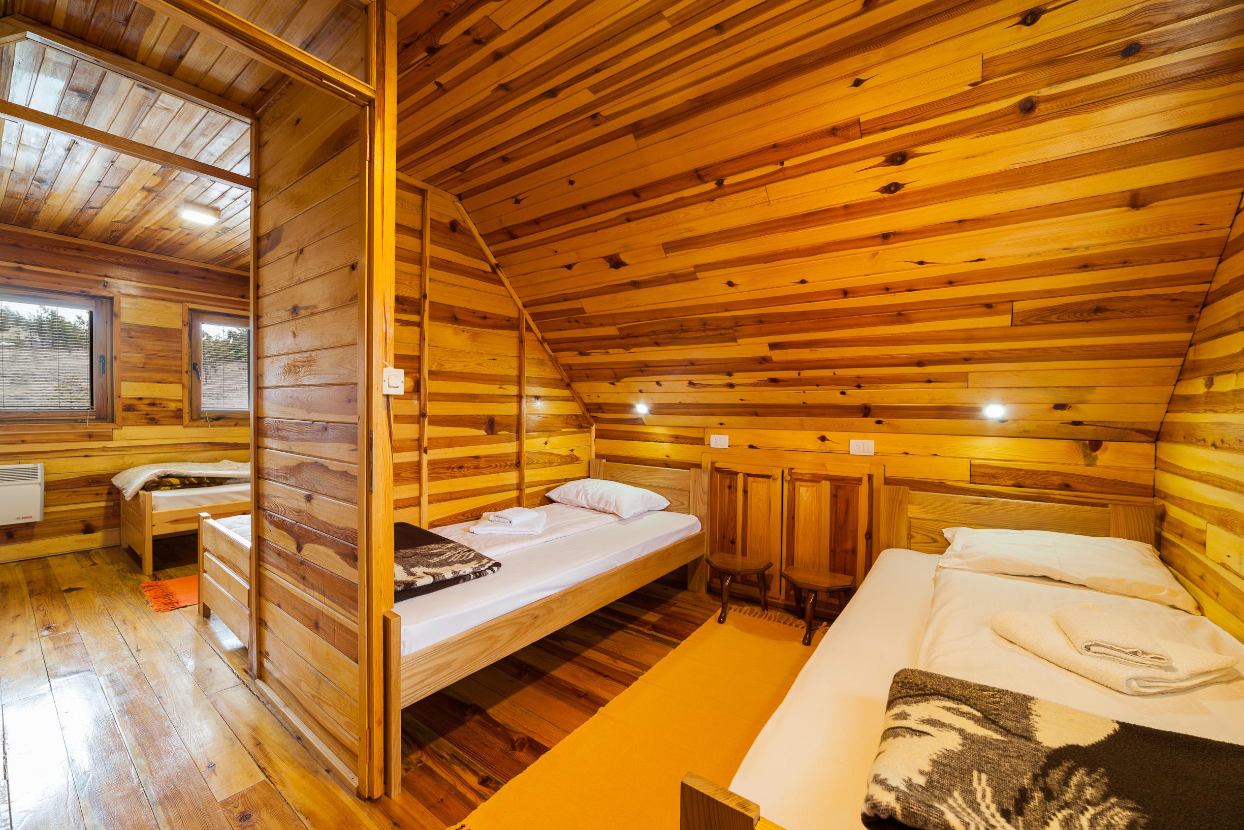 Koliba Vodice spavaća soba